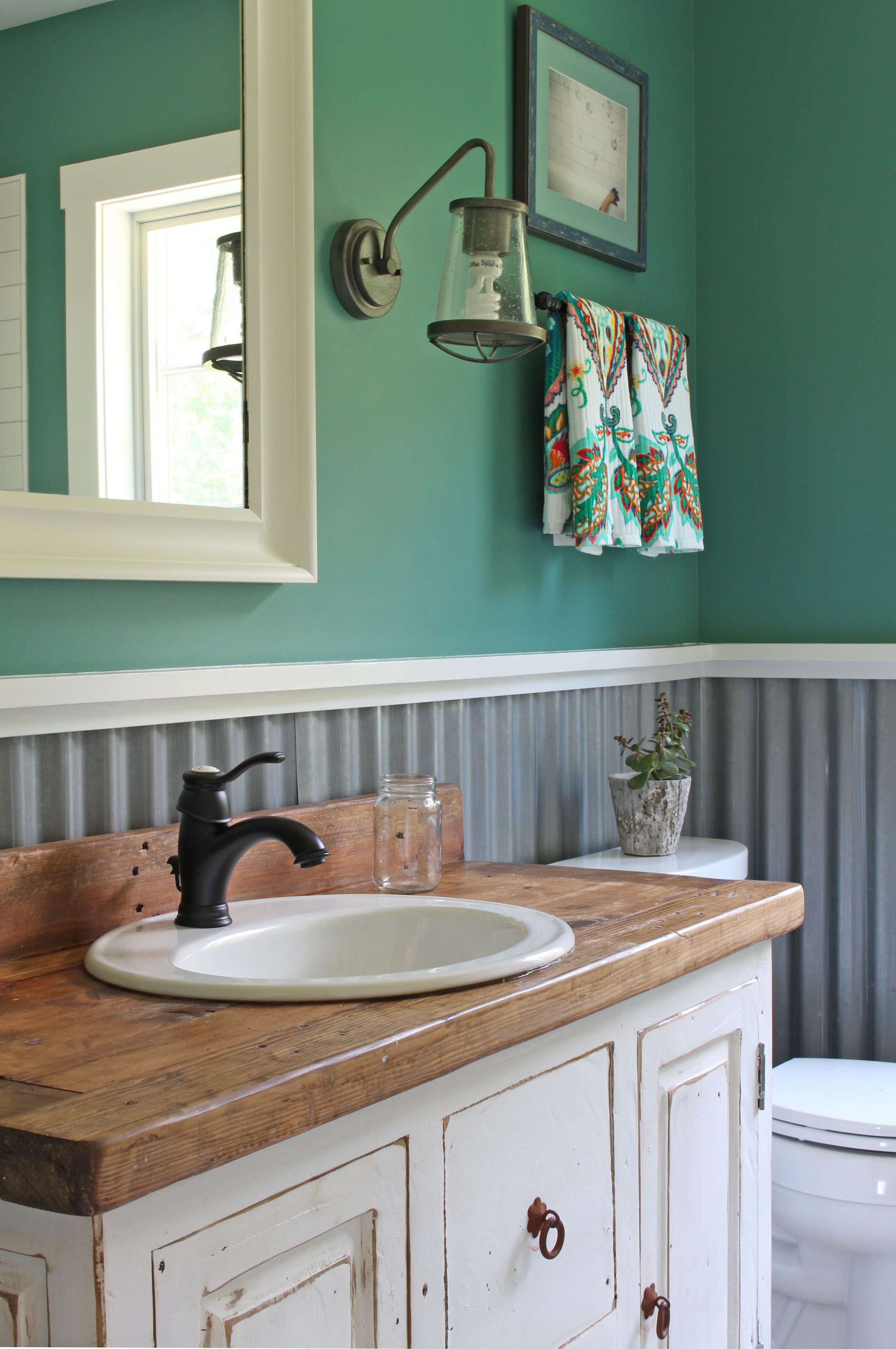 Pawling Farmhouse Bathroom