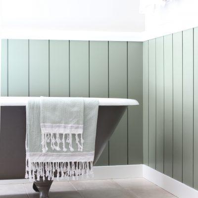 Pawling Farmhouse Bathroom Tub