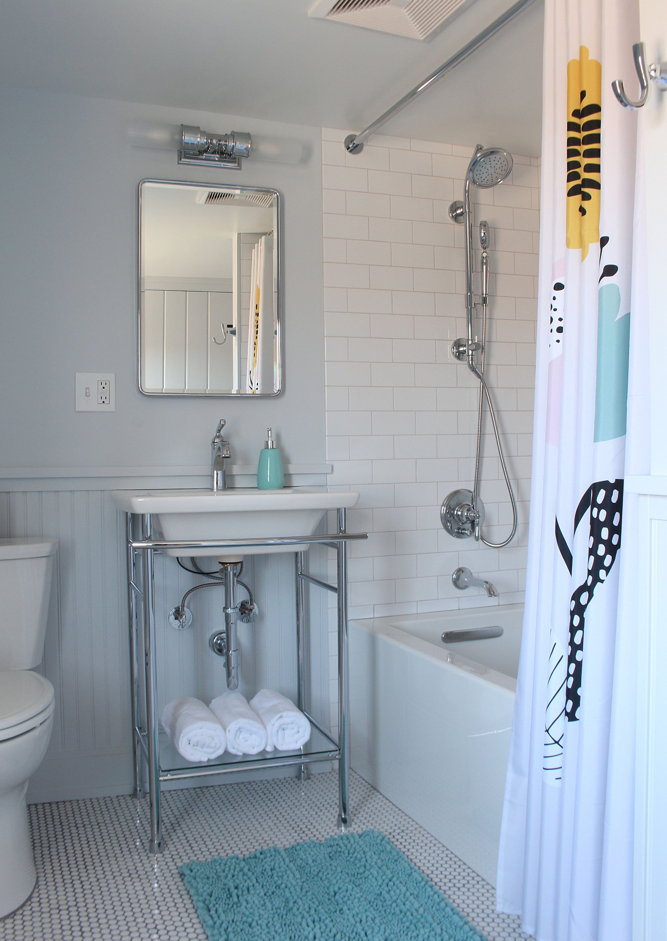 Patterson Farmhouse Bathroom