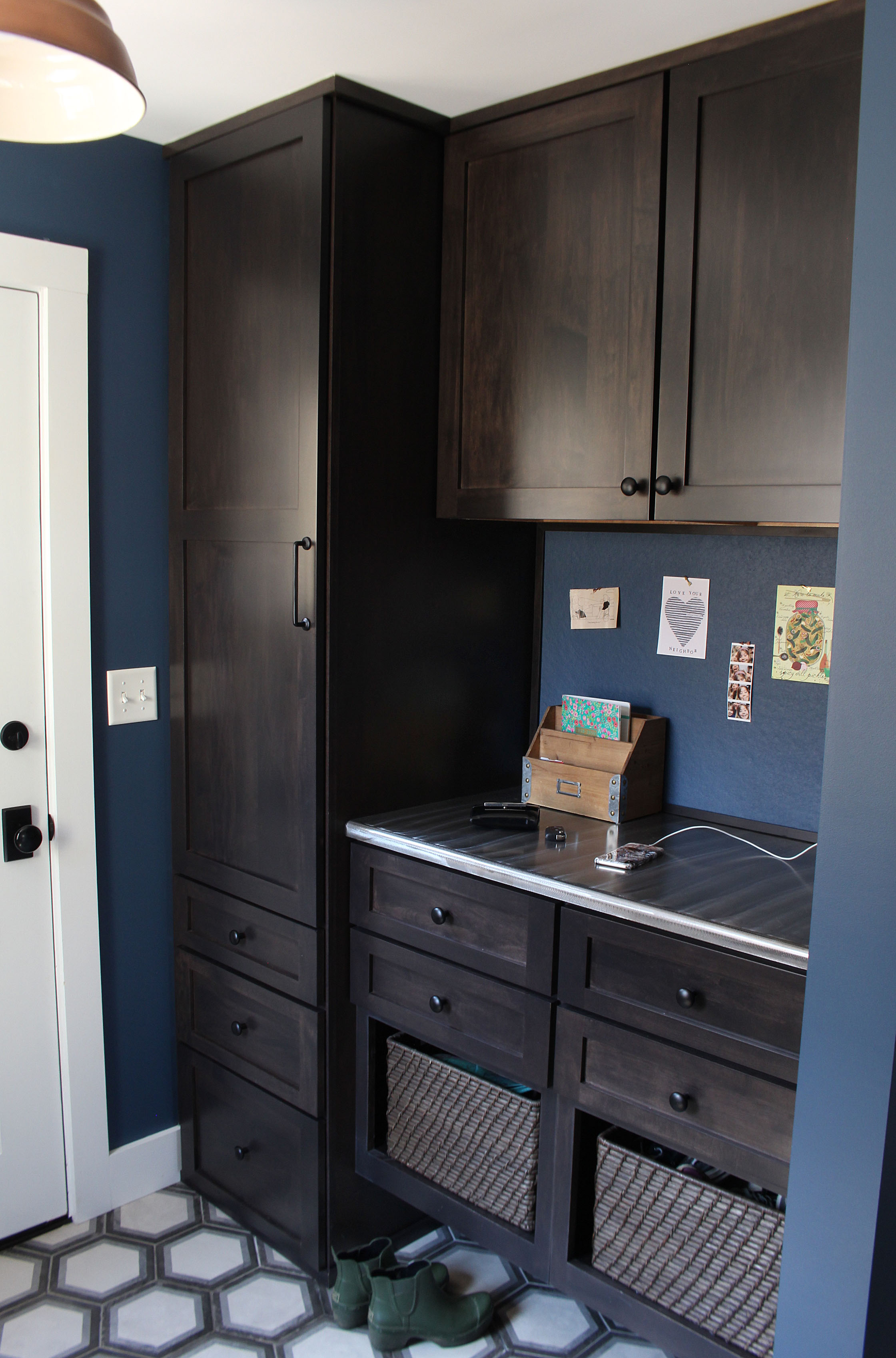 Farmhouse Mudroom Counter