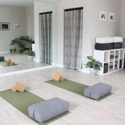 Baby Botanica Yoga